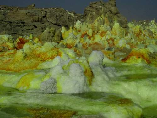 BEST NATIONAL PARKS IN THE WORLD TOP 10Sulphur hot springs in Ethiopia.